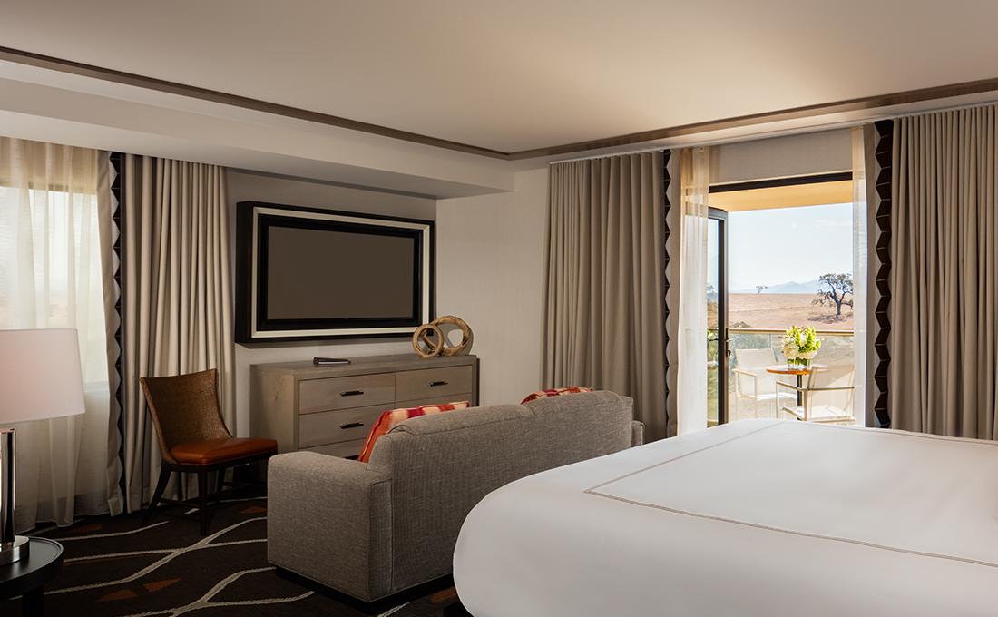 Chumash Hotel Suite 5